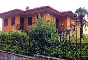Suello – villa